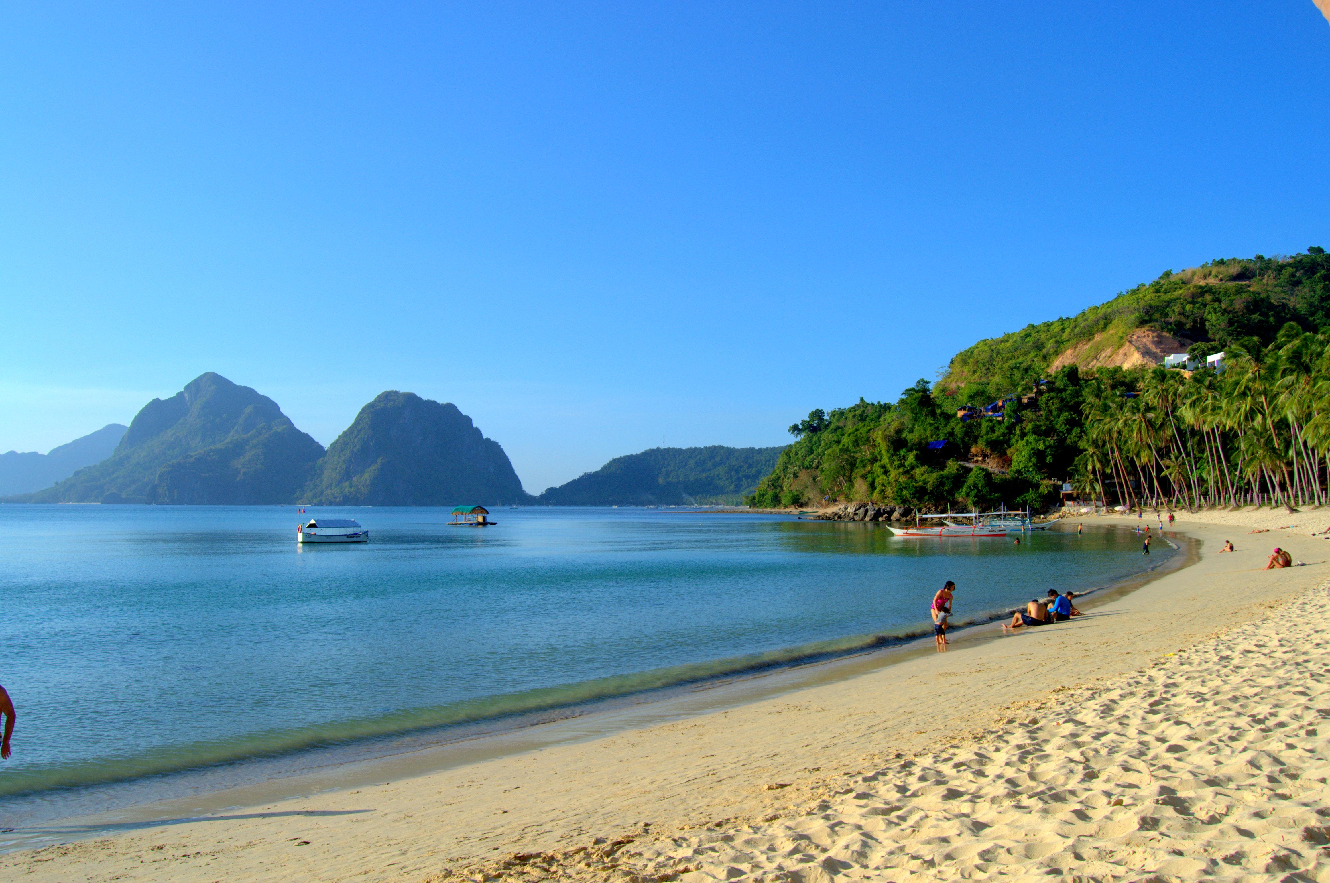 Driving To Nacpan Beach In El Nido Palawan